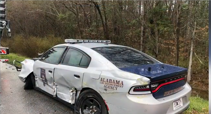 Alabama car hit by truck