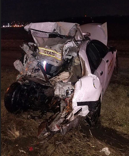 Illinois SP trooper hit by semi