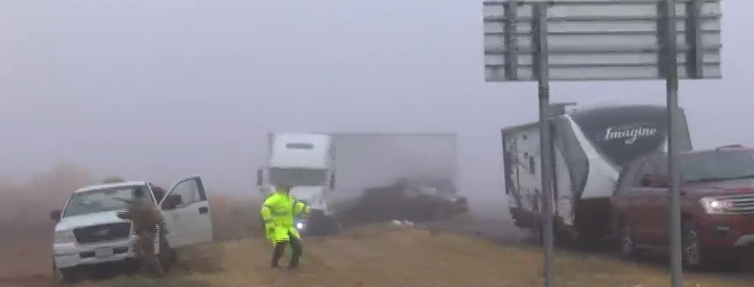 Texas Trooper almost hit by semi